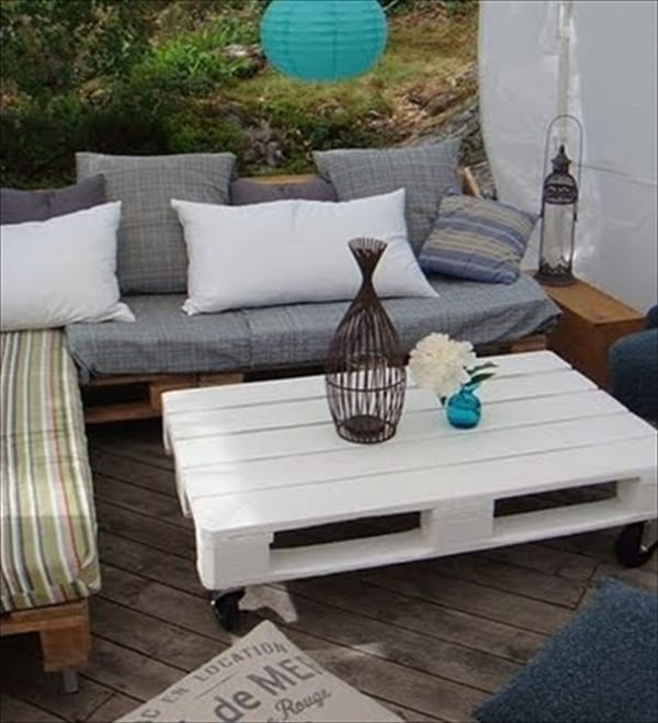 Diy Pallet White Patio Furniture Outdoor Pallets Friscohomesalecom